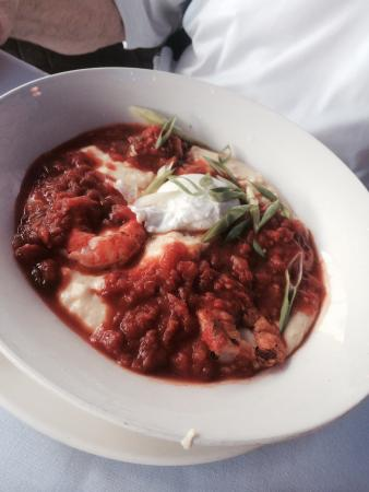 City Oyster : Shrimp and grits