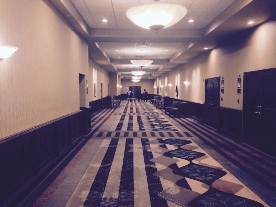Drury Plaza Hotel Broadview Wichita It Seems Like You Are In The Twenties