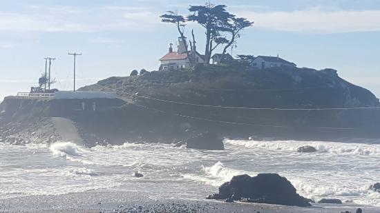 Oceanfront Lodge: 20160110_115901_large.jpg