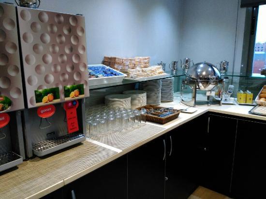 Hotel uVe Alcobendas : IMG_20160108_085129_large.jpg