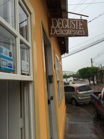 Delicatessen Deguste