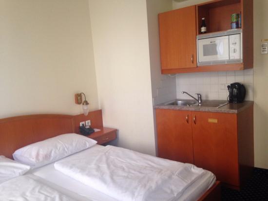 Suite Hotel 900 m zur Oper: двухместный номер