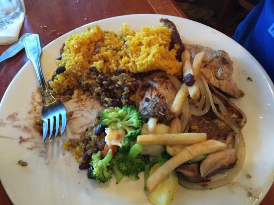 Padrino's Cuban Cuisine: photo0.jpg