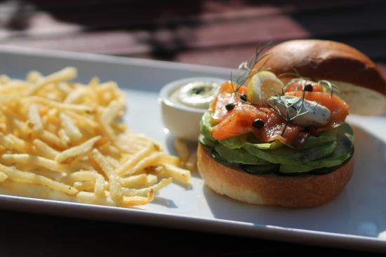 San Anselmo, Καλιφόρνια: smoked salmon sandwich