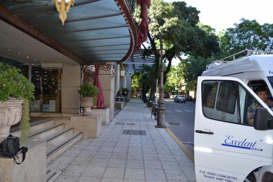 Huentala Hotel: Frente do Hotel