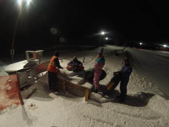 Fraser Tubing Hill: Go at night, it's very fast!  7PM perfect, less crowded.