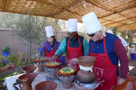 Cooking picture of atelier de cuisine chef tarik orty for Atelier cuisine marrakech