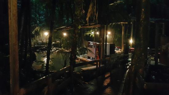Termales del Bosque: Es un excelente lugar para descansar. Lo recomiendo..  Tiene precios muy accesibles en cuanto al