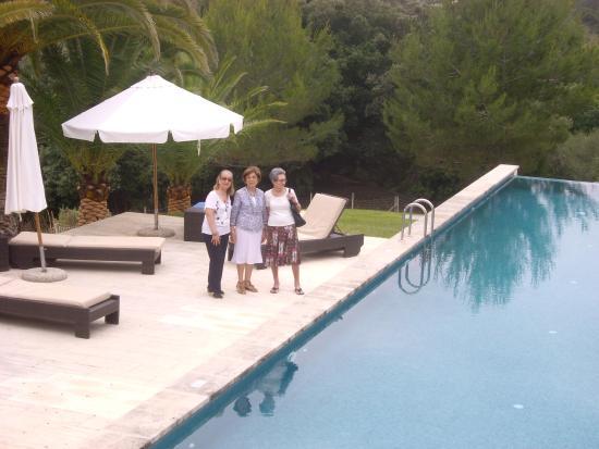 Campanet, Spanje: Al lado de la piscina