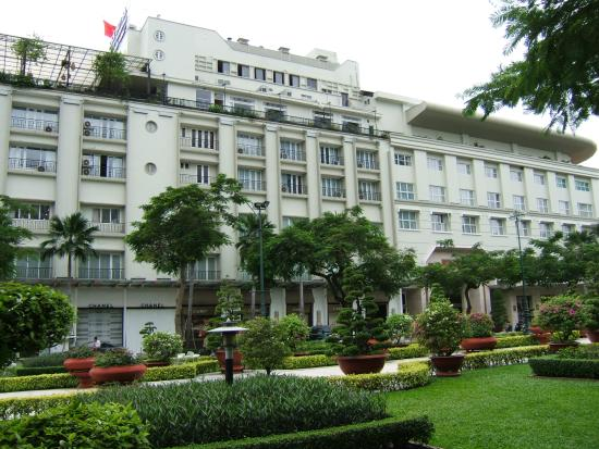Rex Hotel: The front of the hotel