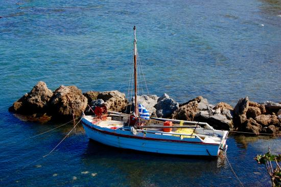 Atlantica Eleon Grand Resort & Spa: Tiny enclave to the left of the hotel beach