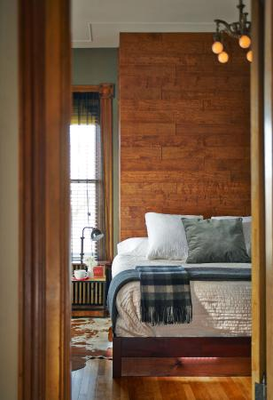 Made Inn Vermont An Urban Chic Boutique Bed And Breakfast Burlington Vt Dog