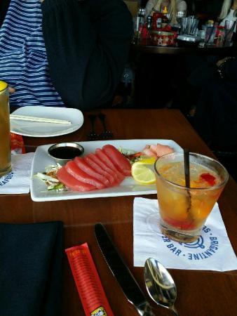 Brigantine Seafood Restaurant : 304960d8-050b-48b0-b1b0-1c9bd611794a_large.jpg