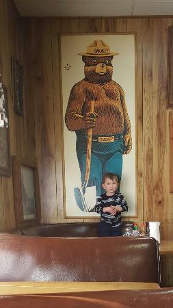 Capitan, نيو مكسيكو: Smokey Bear Restaurant