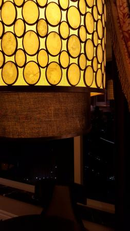 The Palazzo Resort Hotel Casino: The lamp might had been dropped and damaged before