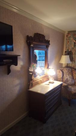 Boardwalk Plaza Hotel: Another room pic
