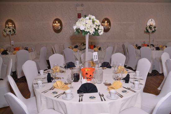 Ramada Vineland Millville Area: My wedding reception set up