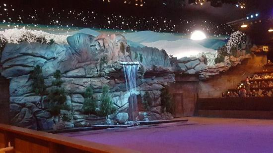Dixie Stampede Dinner & Show: 20160115_180002_large.jpg