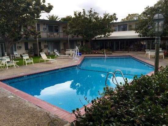 Pool - Best Western Plus Encina Inn & Suites Photo
