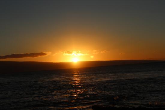 Nohonani Condos: Sunset