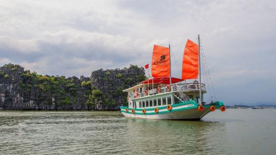 Halong Bay Day Cruise - Day Cruise
