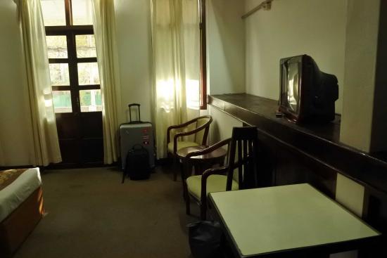 Hotel Lao: room
