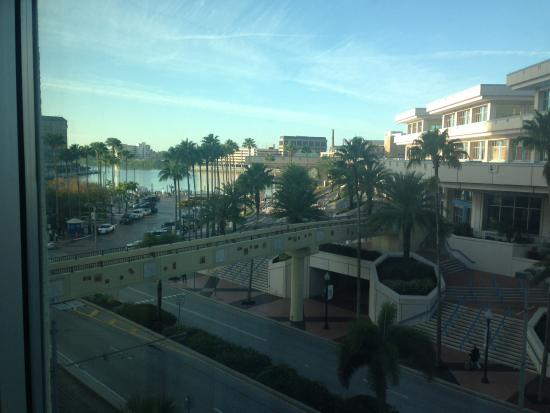 Embassy Suites by Hilton Tampa - Downtown Convention Center: From my window you see Riverwalk and walkway to convention