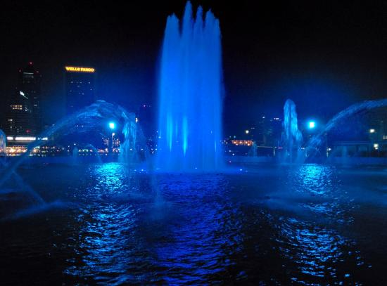 Friendship Fountain: View of Nighttime Fountain