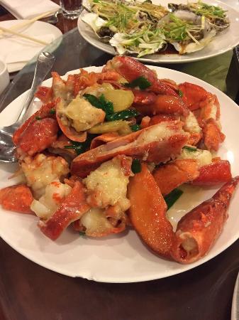 Mandarin Kitchen: Lobster