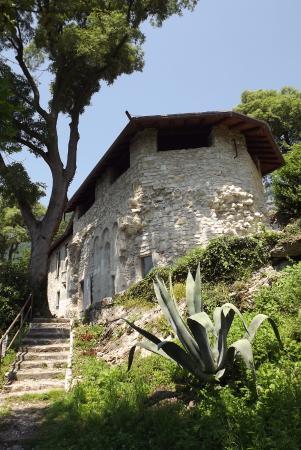 Isola Comacina, Italia: rovine