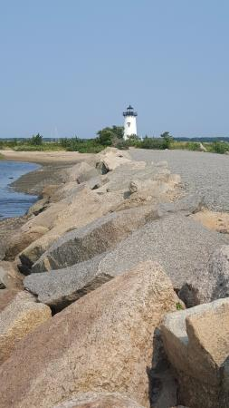 Edgartown Lighthouse: Long stretched of rocky shore