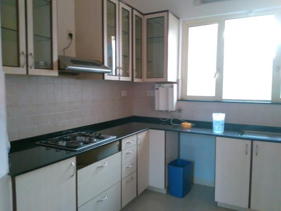 Amrita Towers: kitchen