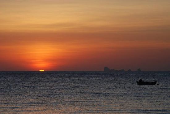 Anda Lanta Resort: Sunset