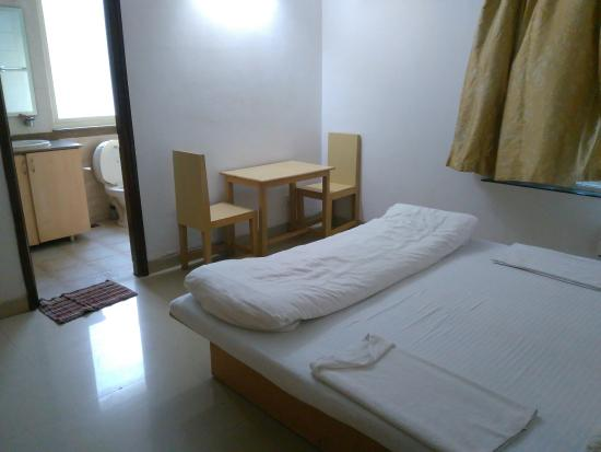 Amrita Towers: bedroom 3