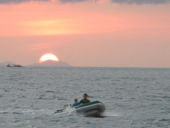 Island Safari - Mergui Archipelago: Sunset
