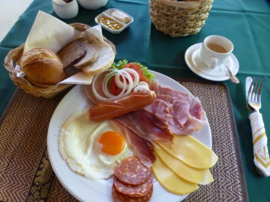 Green Coffee Shop: Ausgezeichnetes Frühstück