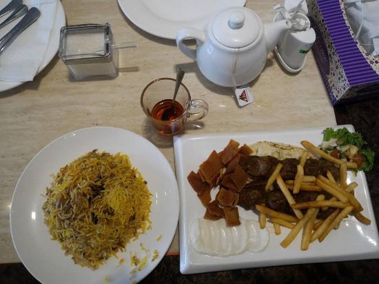 Hadramawt Kitchen: Lamb Kebab with Rice