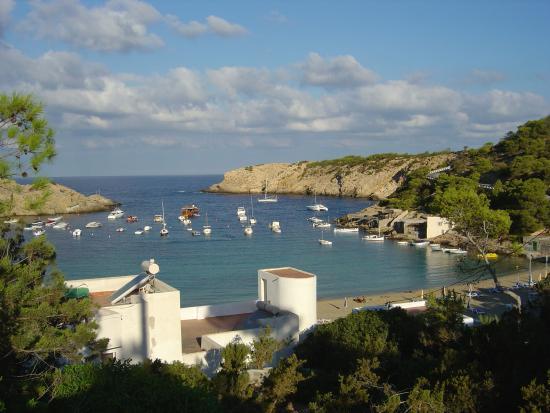 Cala Vadella, Spanje: Ausblick mitten des Weges vom Club zum Strand