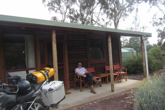 Southern Grampians Cottages: Terrasse / Eingang