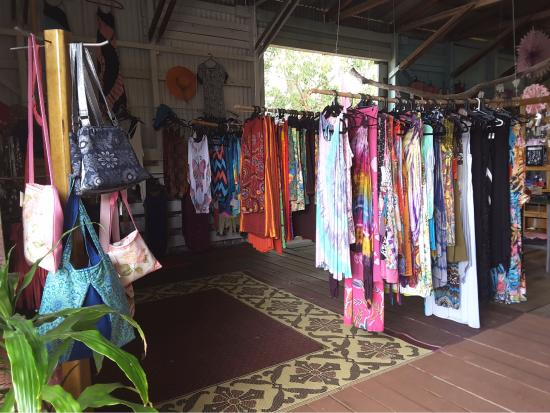 Ravenshoe, Australia: Colorful& cool range of womens clothing FNQ style!