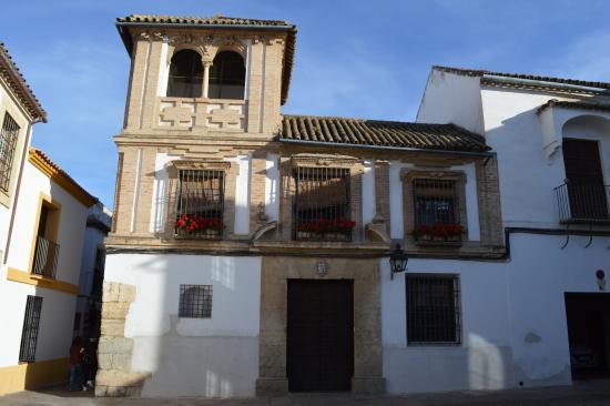 Calle de la Judería - Picture of Jewish Quarter (Juderia ...