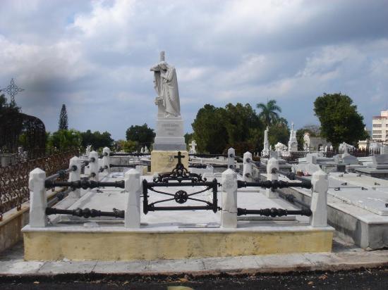 Christopher Columbus Cemetery (Cemetario de Colon): Escultura