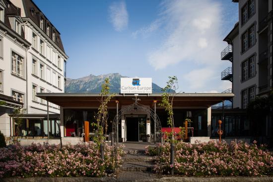 Carlton-Europe Hotel: Haupteingang