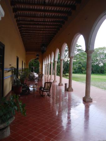 Hacienda Santa Rosa, A Luxury Collection Hotel: verandah