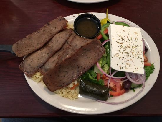 Union Cafe : Breakfast or lunch I enjoy it here every time. The Greek food is on point!!
