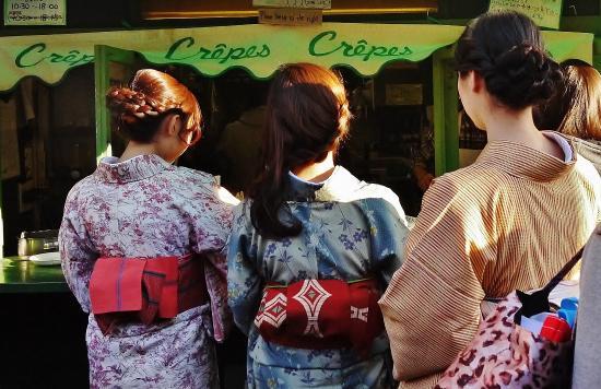 Kamakura Komachidori : 和服でクレープ