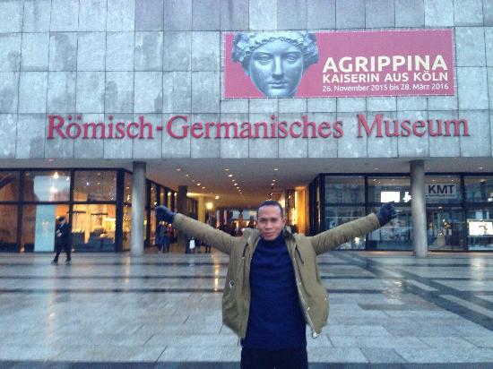 Römisch-Germanisches Museum: Roman-German Museum (Romisch-Germanisches Museum)