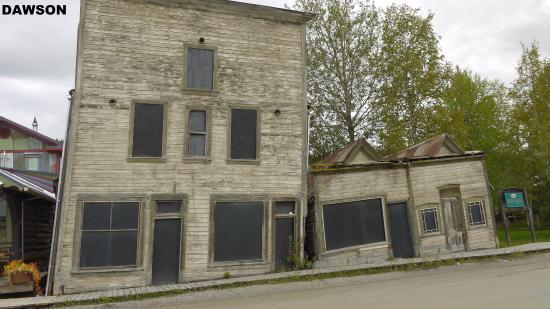 Dawson City Museum: case d'epoca