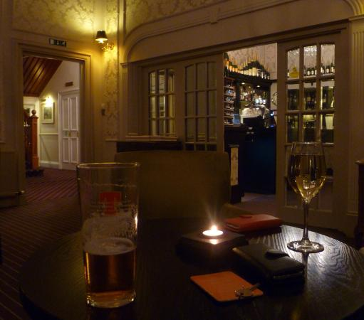 Lundin Links, UK: drink before dinner