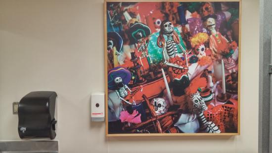 Taco Cabana: Bathroom Decor